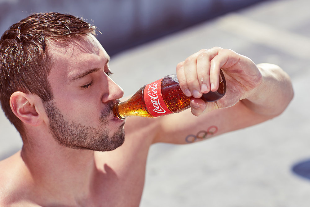 caba+siladji+coca+cola+drinking.jpg