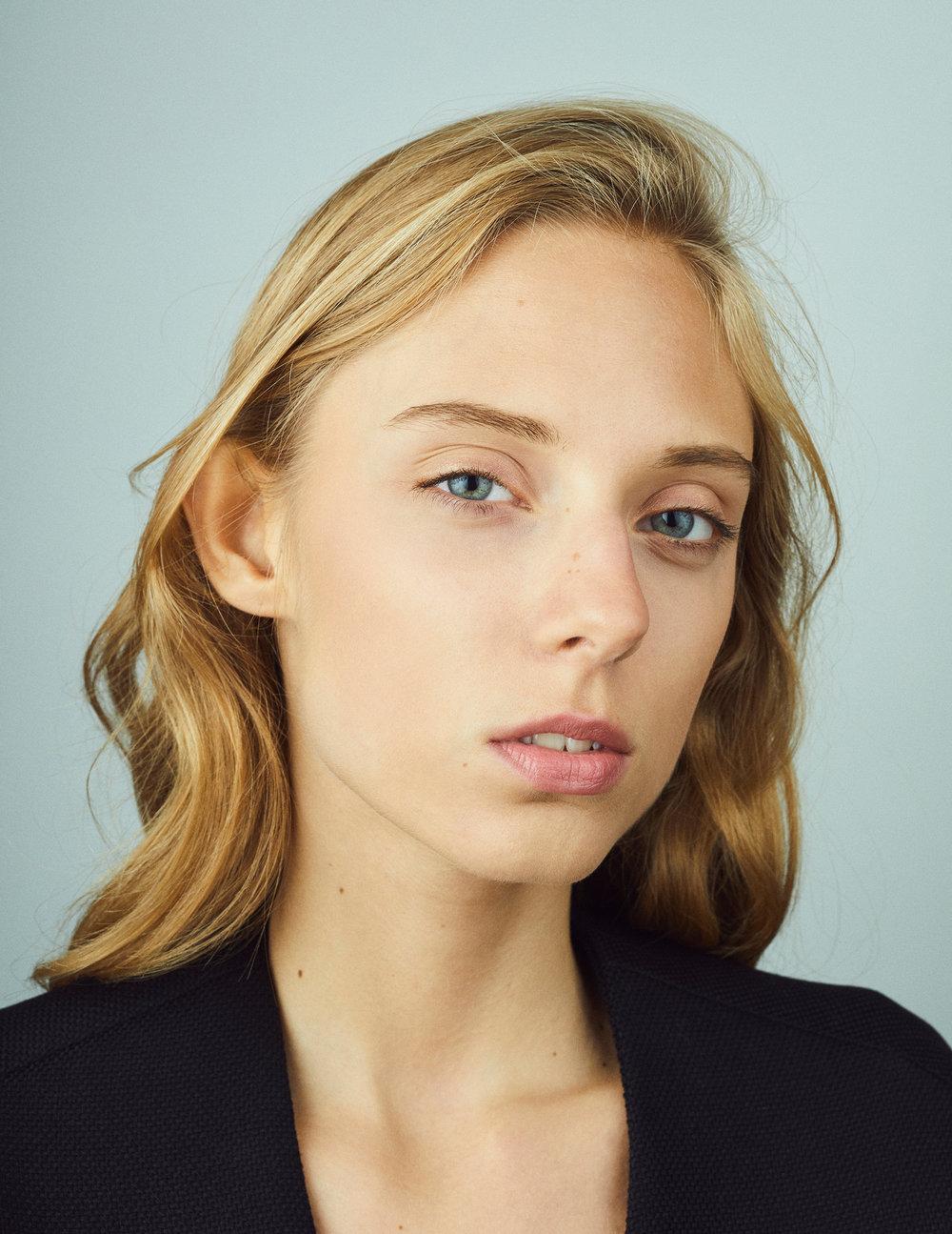 photographer Branko Starcevic Belgrade model-close-up.jpg