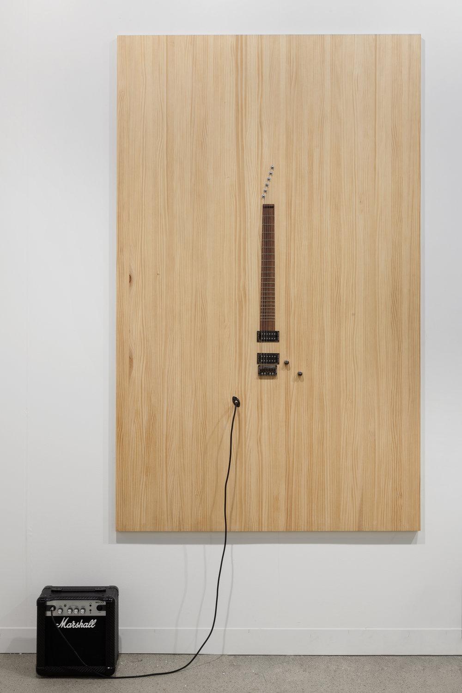 LOS CARPINTEROS Casi Guitarra (Roble), 2016 Wood, guitar parts and Marshall amplifier 200 x 121 cm  Photo: Sebastiano Pellion di Persano / Fortes D'Aloia & Gabriel