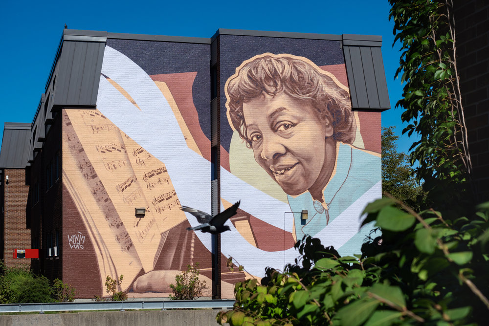 Mural by Kevin Ledo