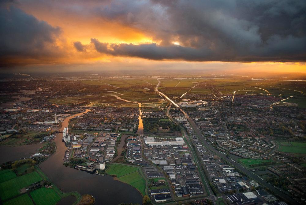 Dutch City 1600.jpg