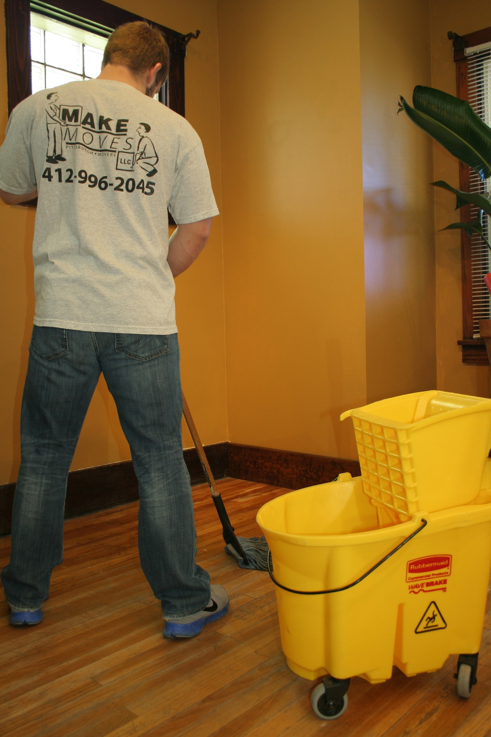 commercial-cleaning-services.jpg