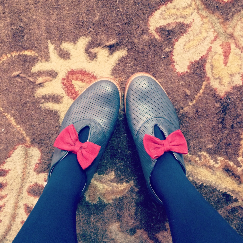 My shoes matched my bow tie matched the carpet matched the drapes.