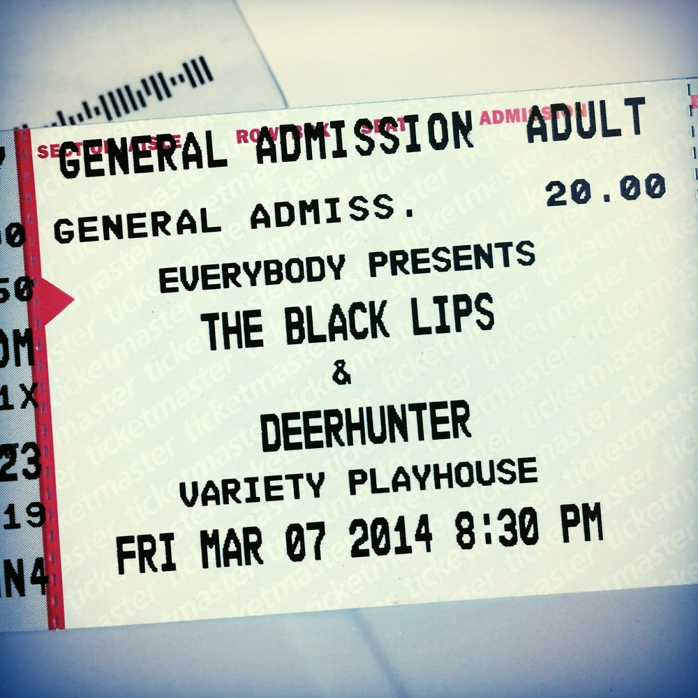 I keep buying tickets to see the Black Lips. Help!