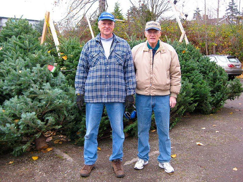 Kiwanis Club Christmas Tree Lot 2008
