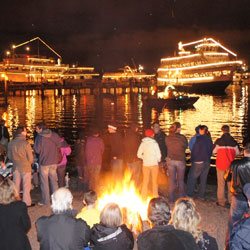 15. The   Argosy Christmas Ships   frequent Kirkland's many waterfront parks during the holiday season.