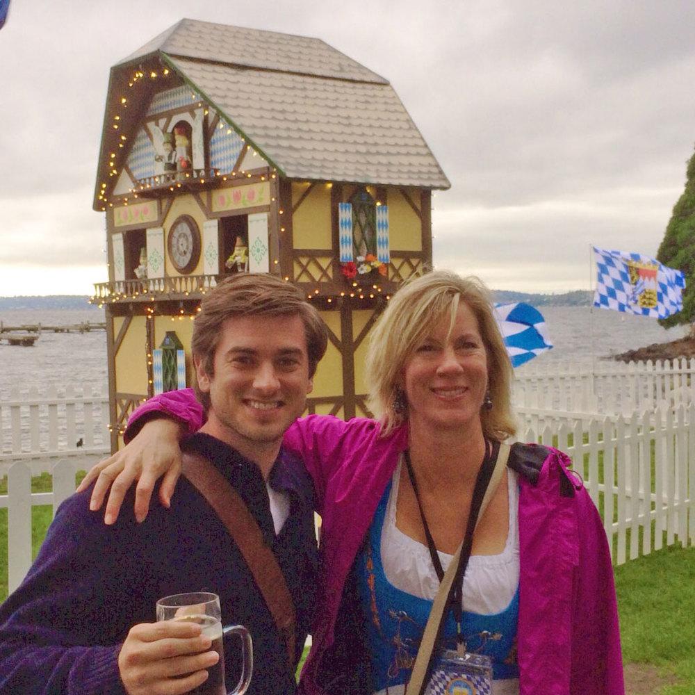 Volunteers Eric Koho and Michelle Sailor with the Kirkland Oktoberfest Glockenspiel