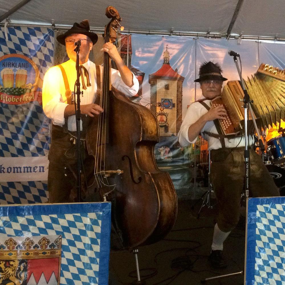 Alpenfolk performing at Kirkland Oktoberfest