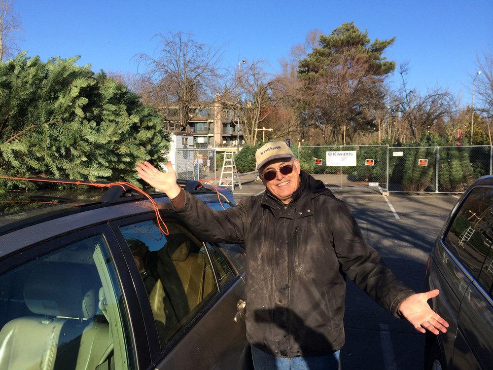 Kiwanis-Christmas-Tree-2013.jpg