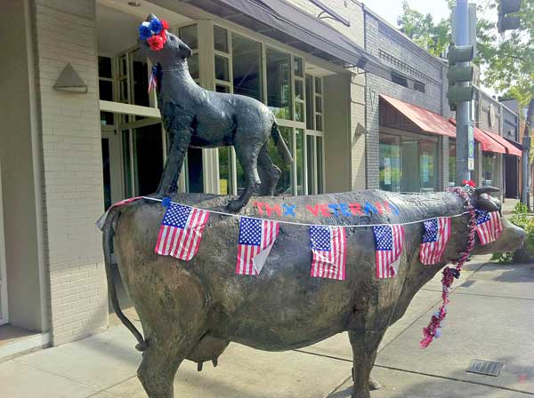 The Cow and the Coyote decorated for Memorial Day