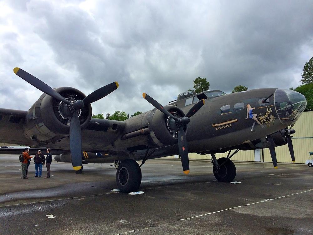 Memphis Belle B-17 WW II Bomber 14023.jpg