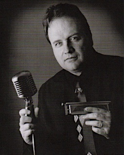 Powerhouse blues singer and perennial favorite Mark DuFresne performs July 24th, 7-8:30 pm at Marina Park.