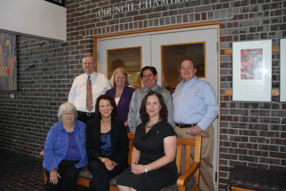 Back: Toby Nixon, Deputy Mayor Penny Sweet, Jay Arnold, Dave Asher Front: Doreen Marchione, Mayor Amy Walen, Shelley Kloba
