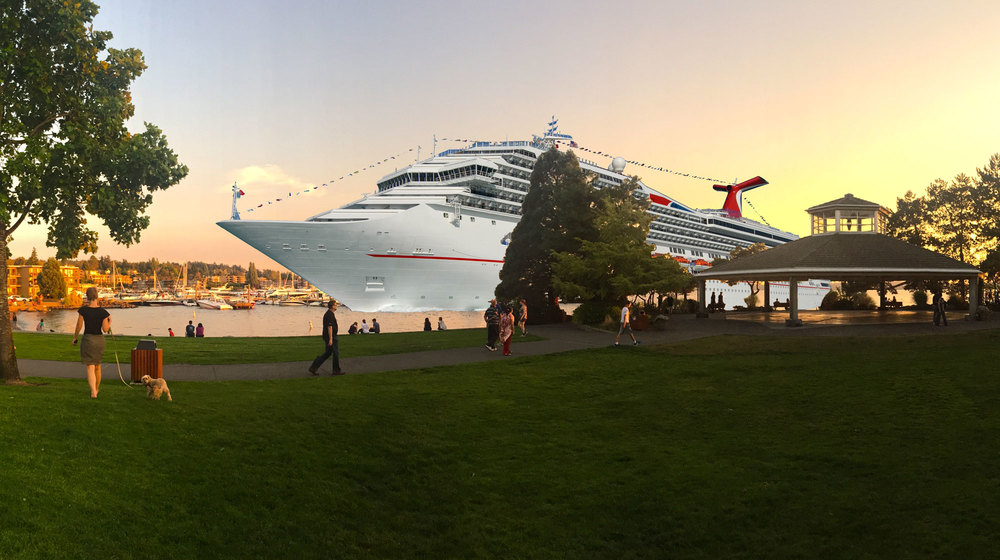 Carinval Cruises's Fun Ship rendered in Moss Bay.