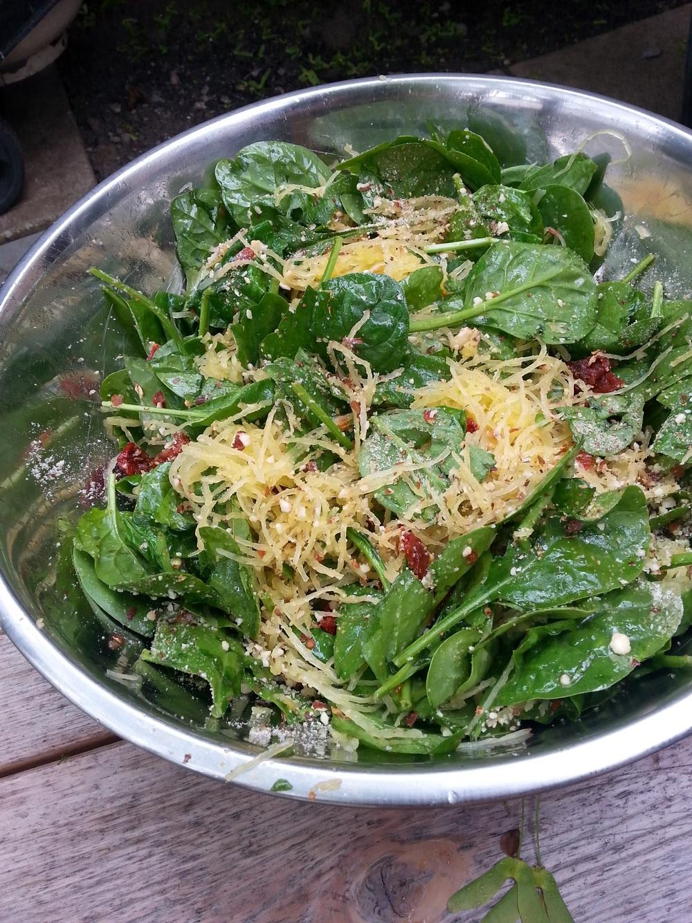 Hot sauce spaghetti (squash) spinach salad