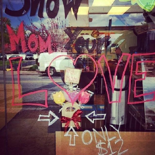 Show mom your love! #shopsmall #yum #z-licious #windowdisplay #smallbusiness #cookies #cute #fairlawn #nj