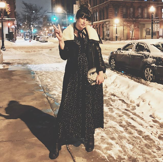 winter in syracuse is hard but this perfect vintage jumpsuit is making it much easier to leave the couch and enjoy the town... #vintagelove #lovevintage #iheartsyr #ihatesnow #peaceloveandvintage #averyvintage #cnyvintage #upstatevintage #vintagejumpsuit #letsgoout #2018islit🔥