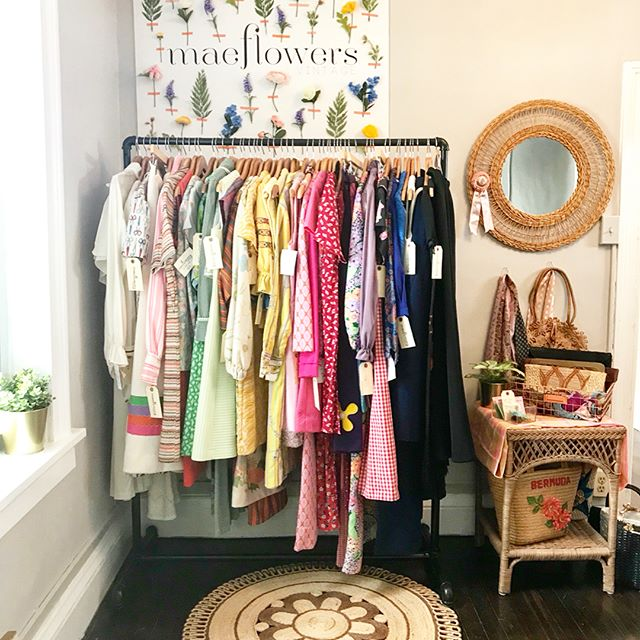 huge thanks to the @theopshoproc for hosting me for the MONTH OF MARCH at their adorable vintage collaborative. Loved spending my friday with such incredible women who are all about good vibes and chasing dreams. Come check it out!