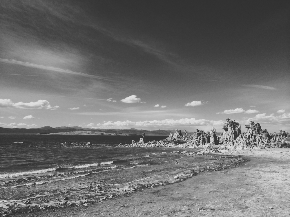 mono lake is like another planet.