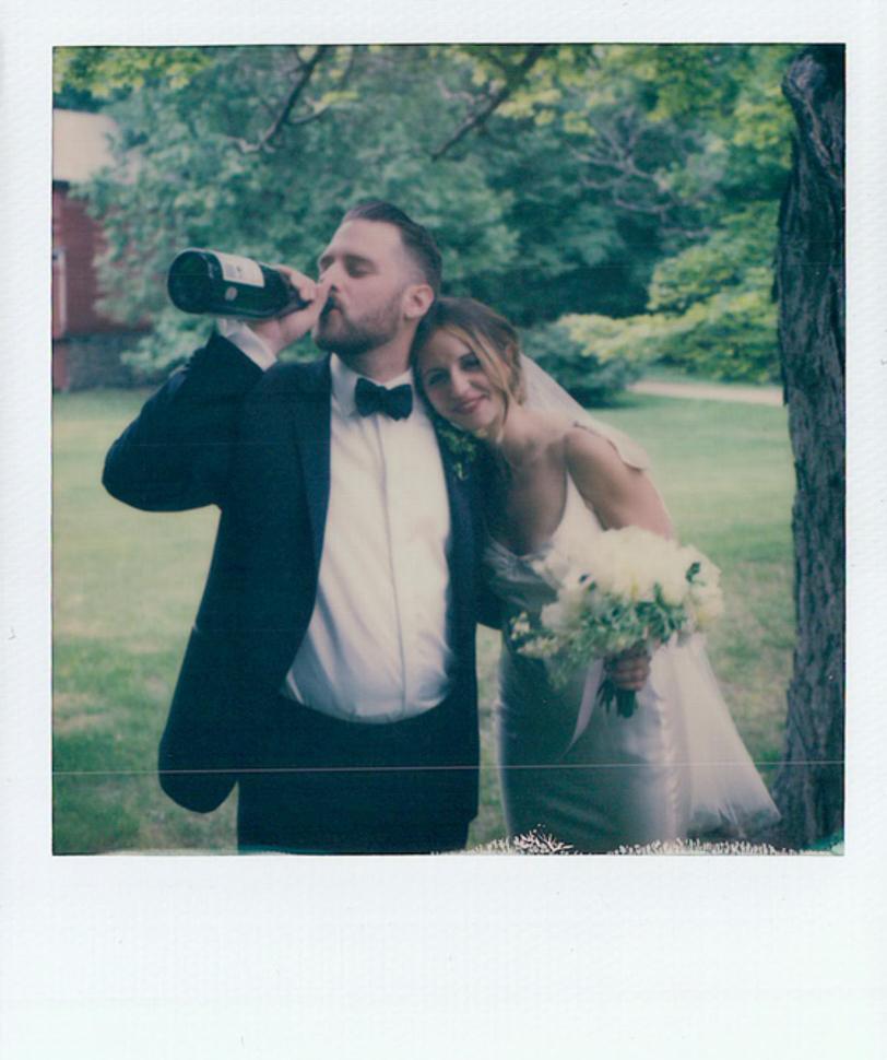 088_020_Danielle+Alex_L+W_Polaroids_SS_NOWM.jpg