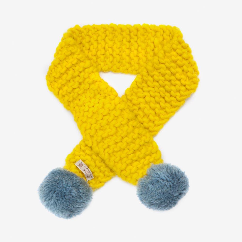 yellow_scarf.jpg