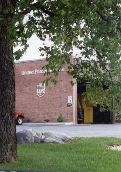 UPS 002.jpg