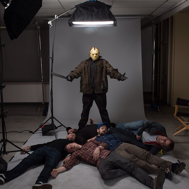 (More fun behind the scenes portraits on @brewerscott's instagram feed.)