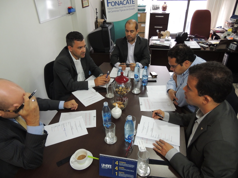 Comissão Técnica é formada por representantes da ADPF, AFIPEA, SINAIT, UNAFE e UNACON SINDICAL. Foto: Ascom/SINAIT