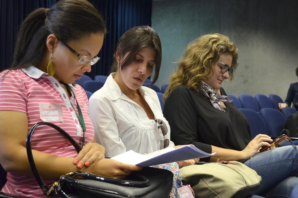 Associados acompanharam a leitura atentamente. Foto: Filipe Calmon / ANESP