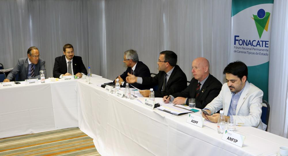 O parecer da ANESP sobre as contas do Fórum foi apresentado durante encontro. Foto: Filipe Calmon / ANESP