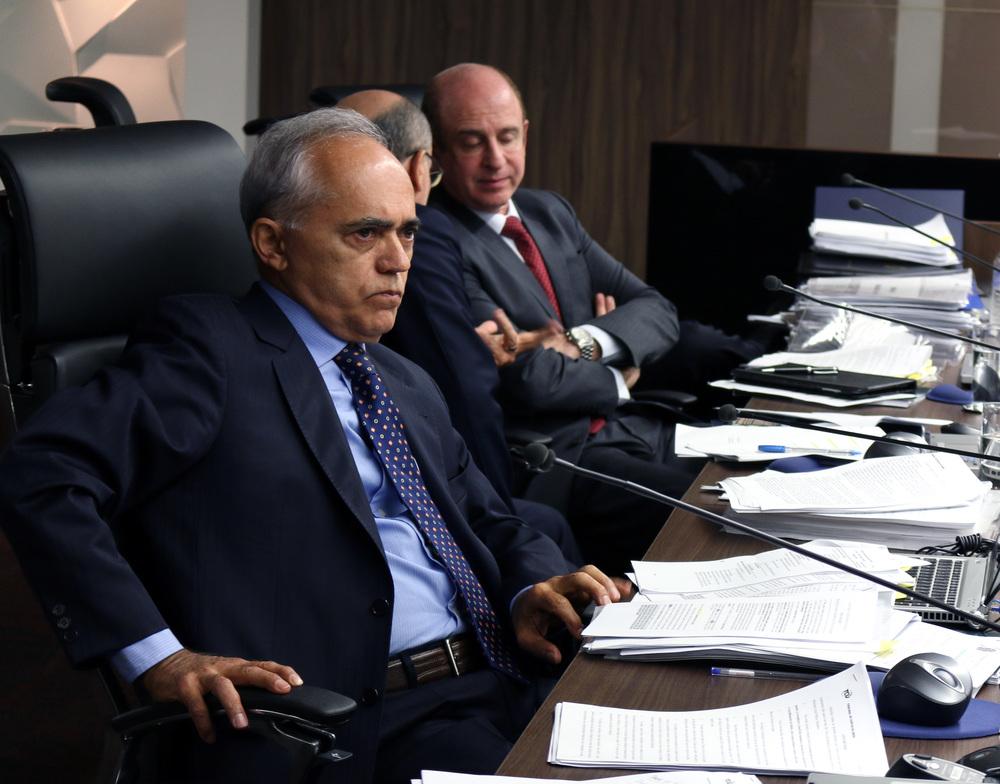 O voto do ministro relator Raimundo Carreiro foi acompanhado por unanimidade.Foto: Filipe Calmon / ANESP