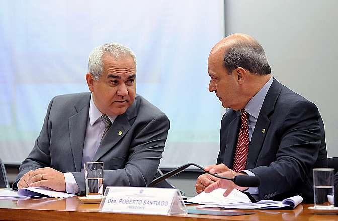 Deputados Policarpo e Roberto Santiago Foto: Lúcio Bernardo Jr/Câmara dos Deputados