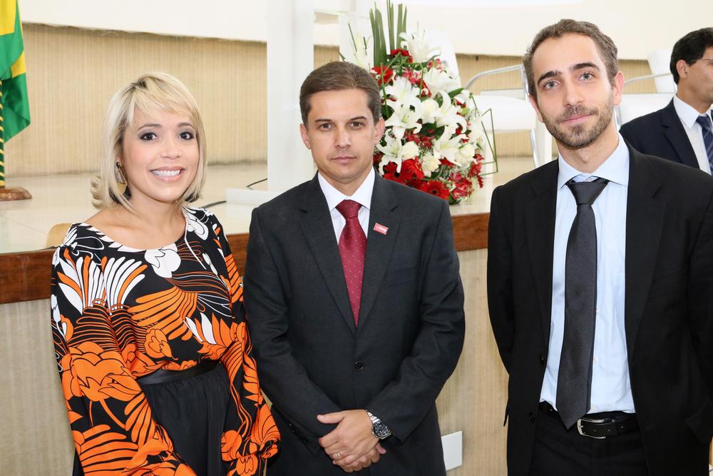 Aleksandra Santos, Gleisson Rubin e Matheus Azevedo.