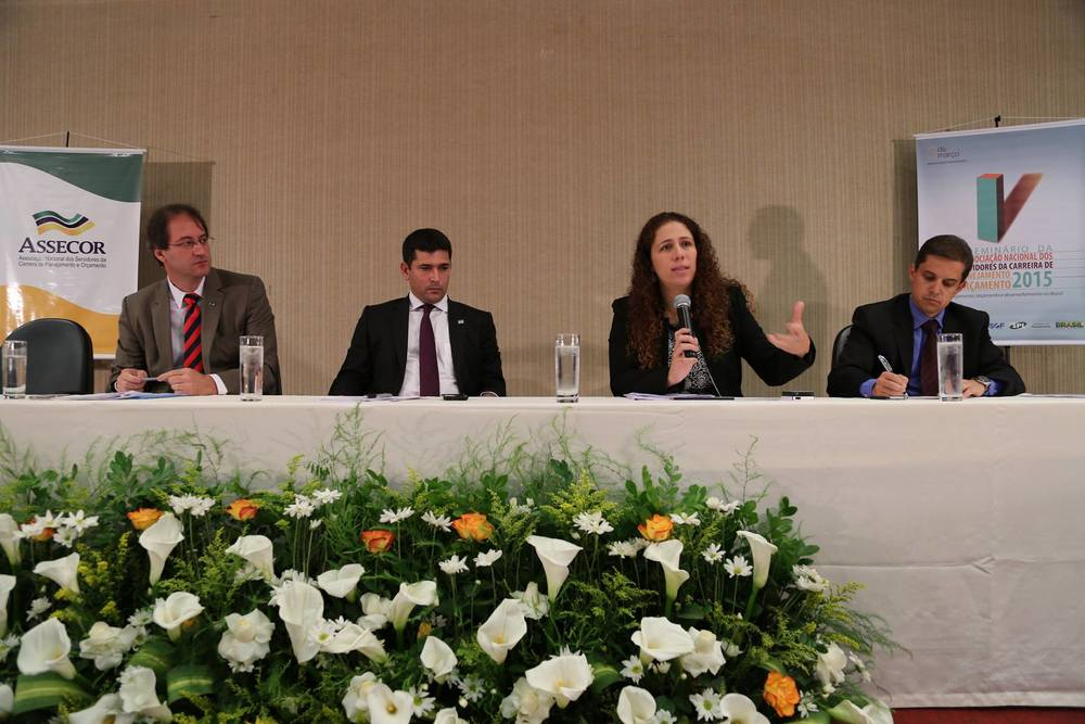 Evento contou com a presença do Presidente da ENAP, Gleisson Rubin (à direita). Foto: Assecor