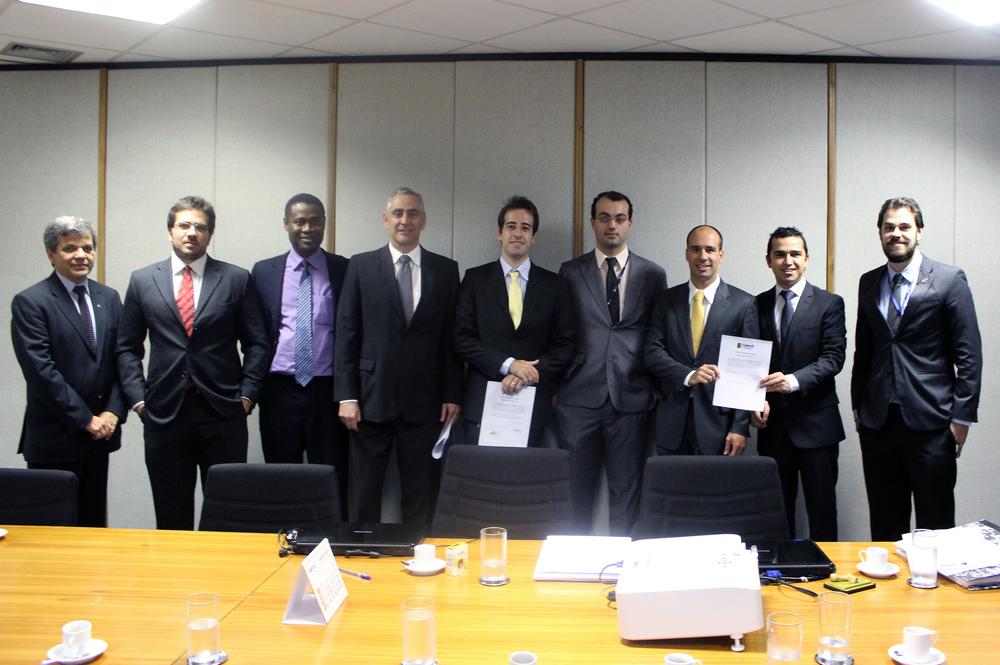 Membros dos Conselhos Deliberativo e Fiscal e dos Comitês de Assessoramento durante a inscrição das chapas em setembro de 2014.Foto: Fonacate