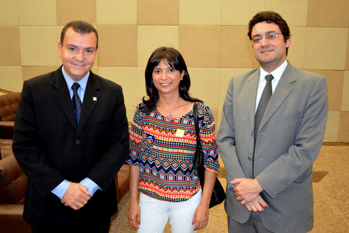 Presidente João Aurélio, associada Ana Mesquita e Diretor Jurídico Alex Canuto.