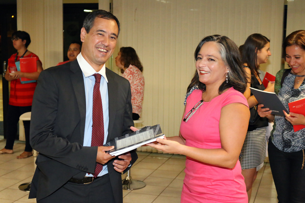 Rogério Nagamine Constanzi assina um dos artigos da publicação. Leila Ollaik, Diretora de Estudos e Pesquisas da ANESP é a editora da revista.