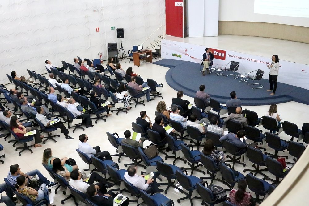 Evento foi realizado no auditório da ENAP