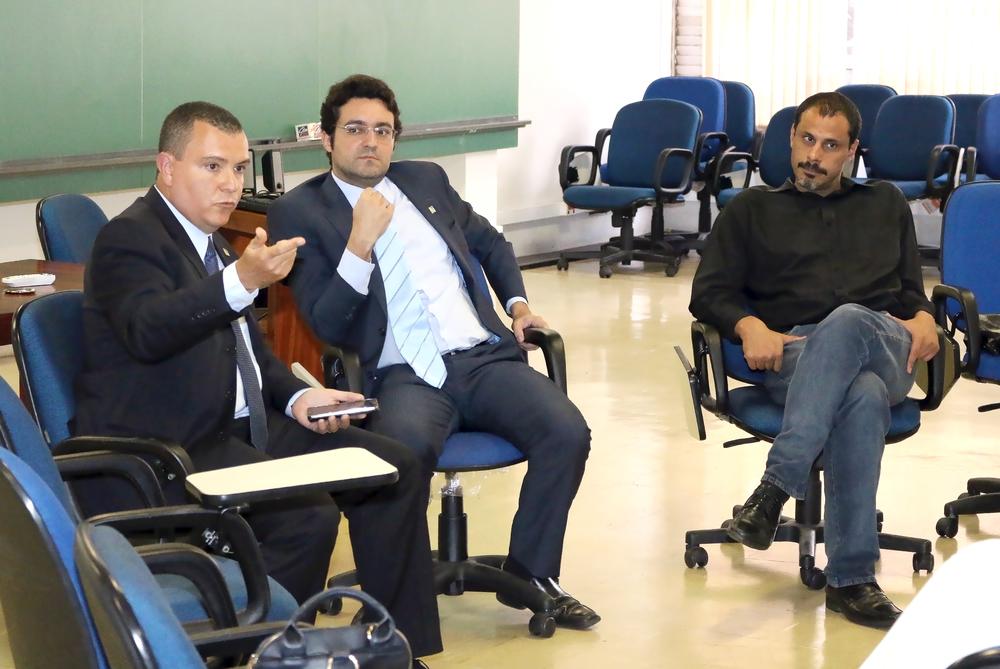 Presidente da ANESP, João Aurélio, Diretor Jurídico, Alex Canuto, e Diretor de Assuntos Profissionais, Andrei Soares