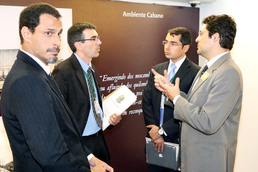 Articulação com secretário parlamentar Adalberto Romar