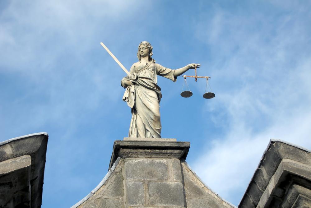 Estátua representa a Justiça no Castelo de Dublin. Foto:Sparkle Motion