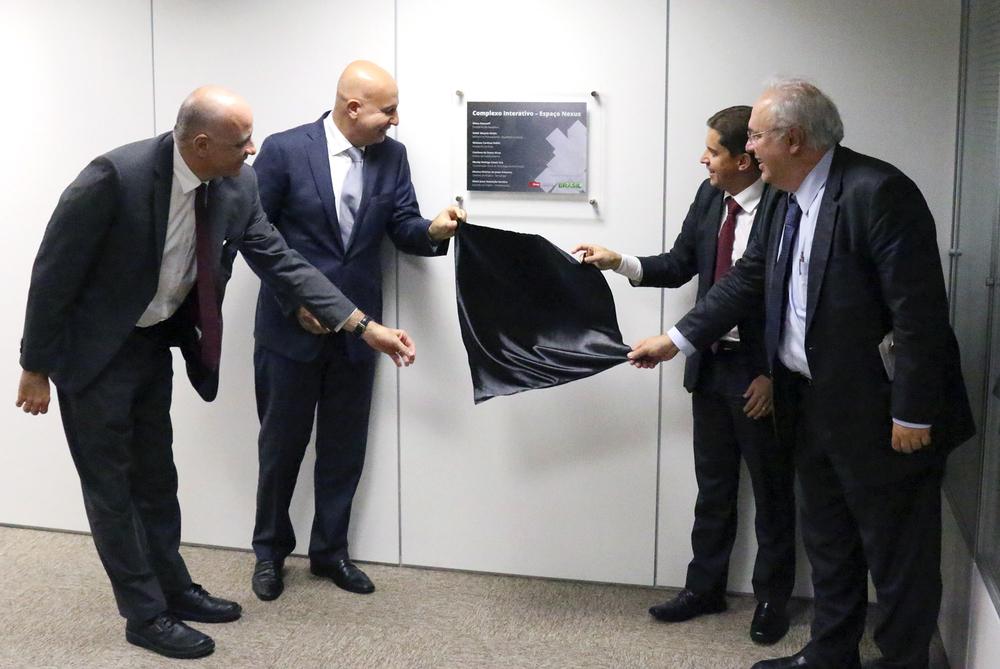 Jessé Souza, Presidente do IPEA, Valdir Simão, Ministro do MP, Gleisson Rubin, Presidente da ENAP e Francisco Gaetani, Secretário Executivo do MP.