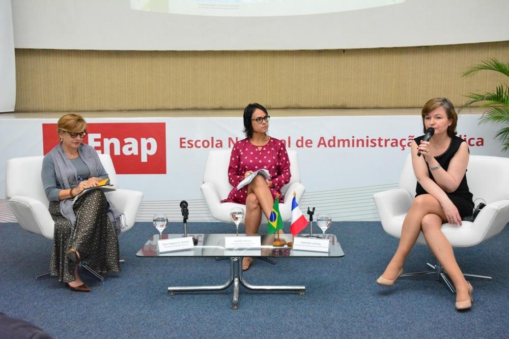 Sônia Regina, Ismália Afonso e Nathalie Loiseau. Foto: ENAP