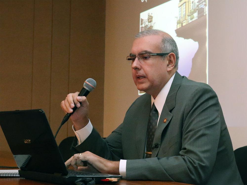 Ministro do STM, José Barroso Filho abriu as discussões do evento. Foto: Filipe Calmon / ANESP