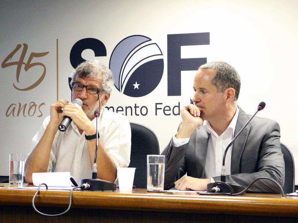 Os EPPGGs Paulo Kliass e Luis Henrique Paiva palestraram no evento.