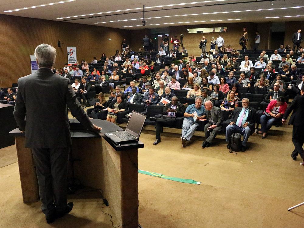 Auditório Nereu Ramos.jpg