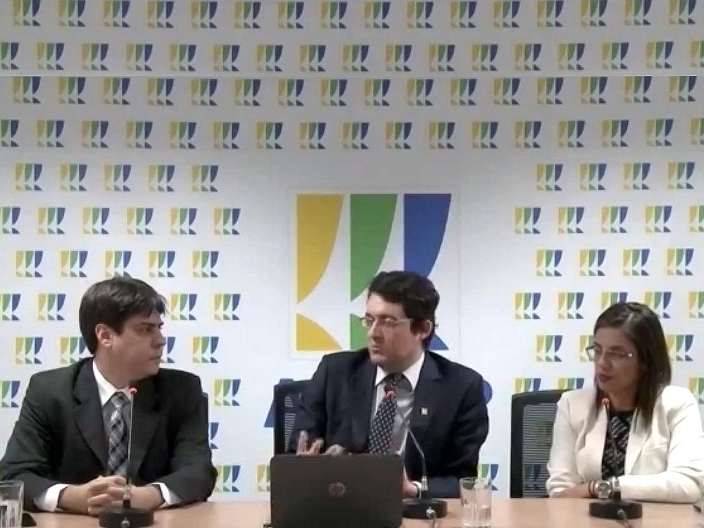 Daniel Boson, Alex Canuto e Virgínia Bracarense. Imagem: ANESP