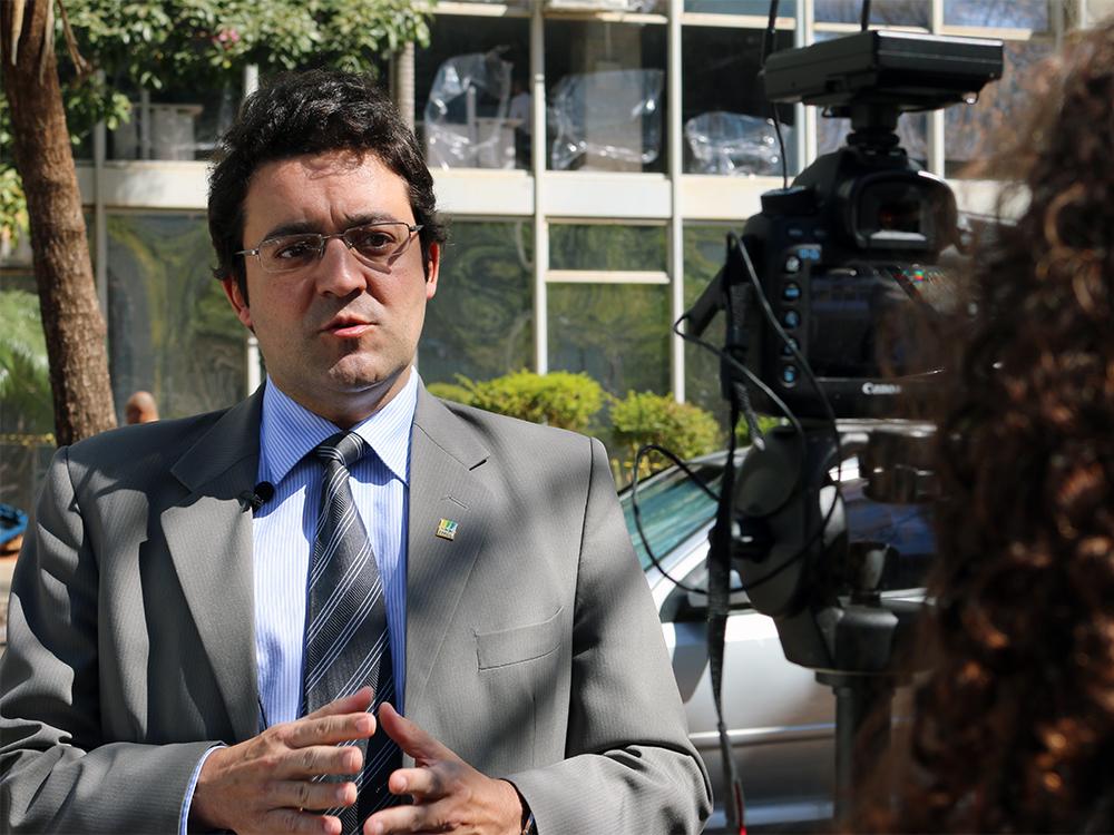 Presidente da ANESP, Alex Canuto, durante gravação do vídeo. Foto: Filipe Calmon / ANES