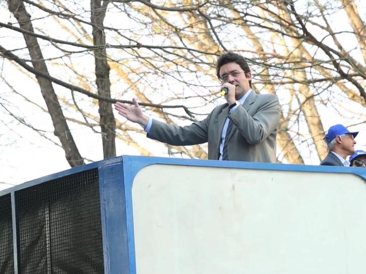 Presidente da ANESP, Alex Canuto, em discurso. Foto: Aurélio Pereira