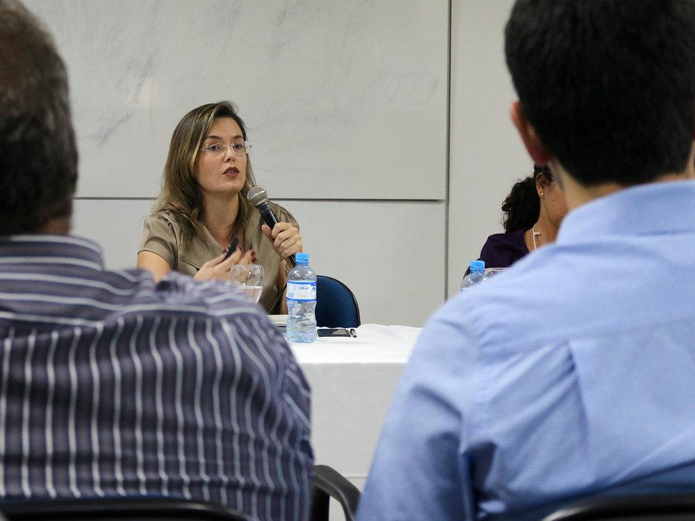 A EPPGG Marizaura Camões, uma das organizadoras do livro.